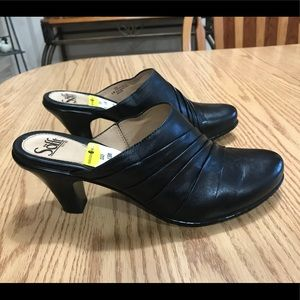 Sofft Black Leather Mules. Size 8.5.